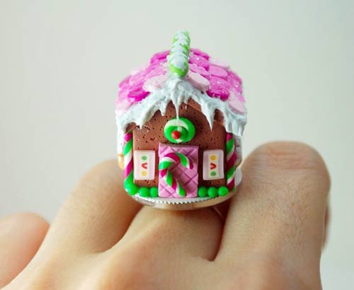 Gingerbread house ring!