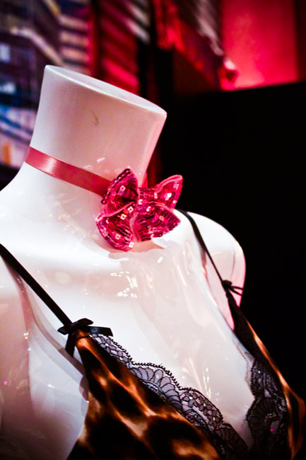 Betsey Johnson Accessories Preview