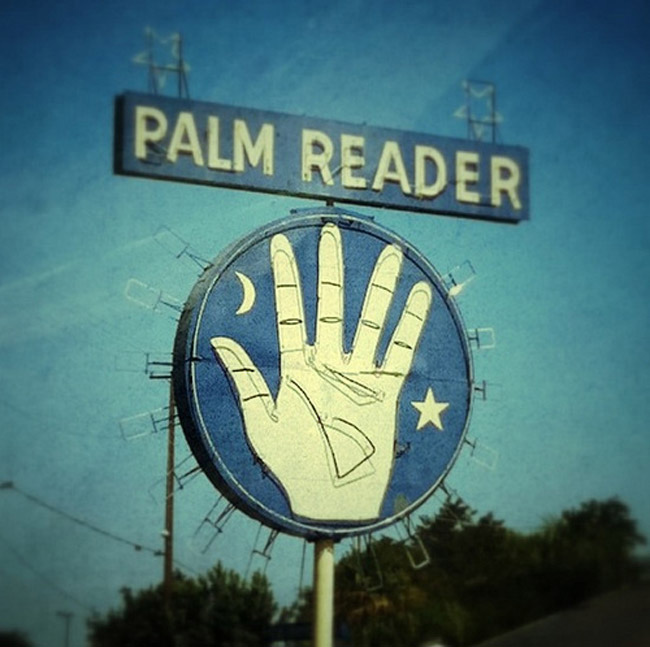Palmistry 101: A Guide To Palm Reading For Enchanted Babes! - Gala