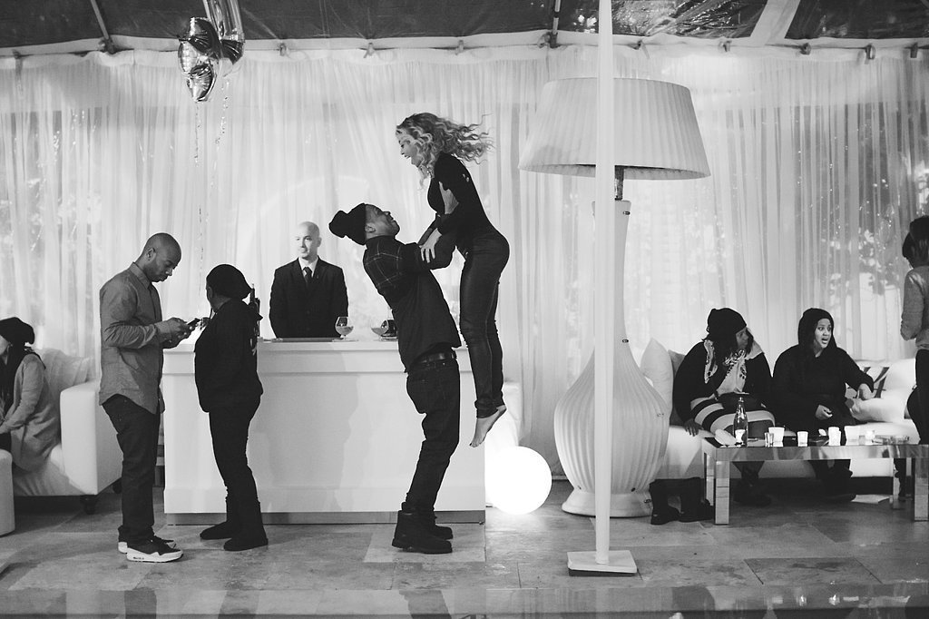 beyonce-got-lift-from-her-hubby-during-his-birthday-party